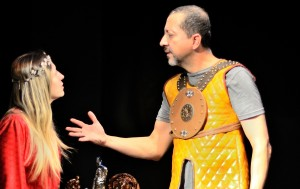 Ifigenia 3 teatro Trilha