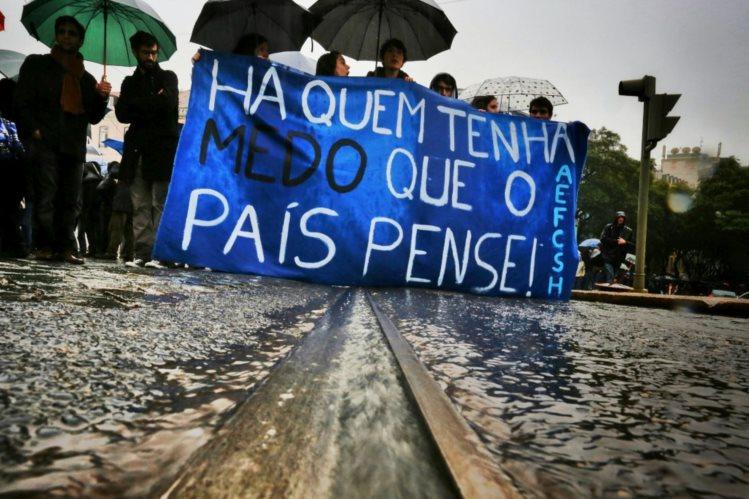 A empreitada democrática contra o fascismo no Brasil.