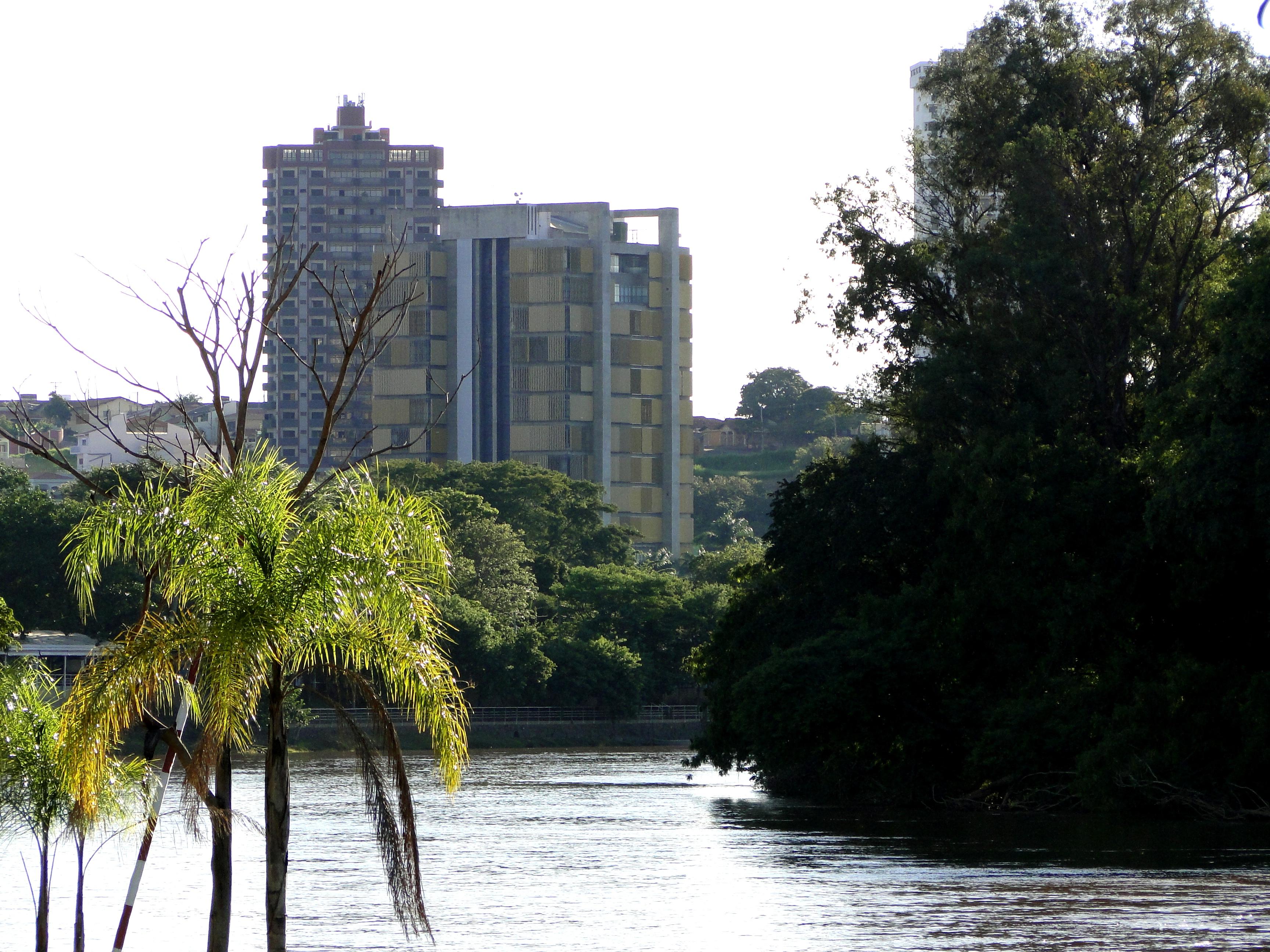 Piracicaba: servidores municipais devem parar a partir de sexta.