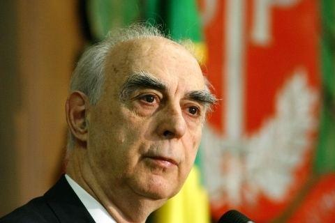 Ex-governador de São Paulo afirma que judiciário persegue Lula.