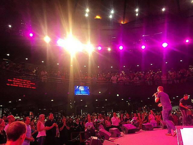 """Em busca de um """"milagre"""": uma reflexão sobre os Evangélicos no Brasil"""