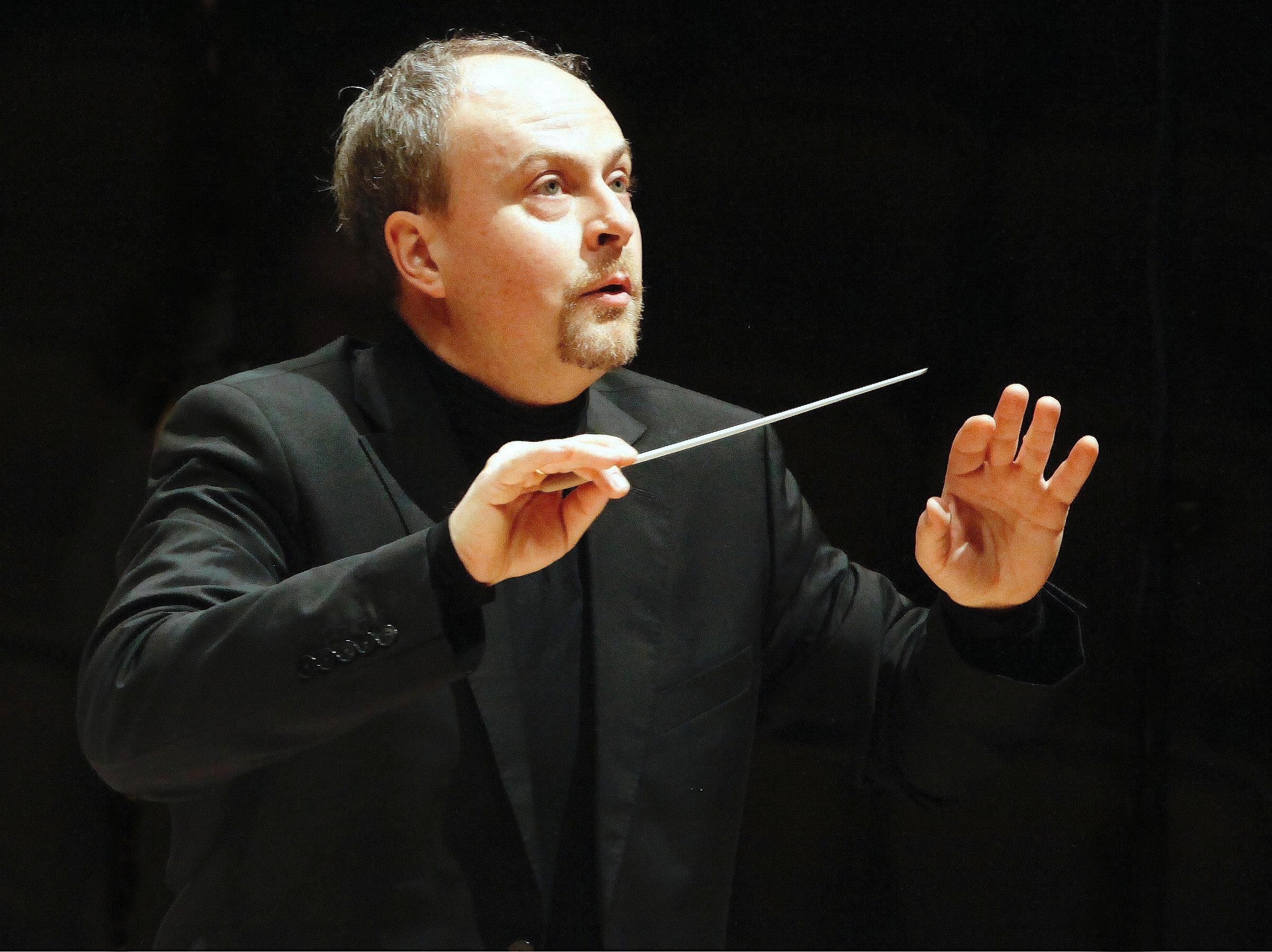 Concerto Internacional em Piracicaba: o maestro alemão Harmut Rohde e o violista Renato Bandel são os convidados do Projeto Jovens Músicos.