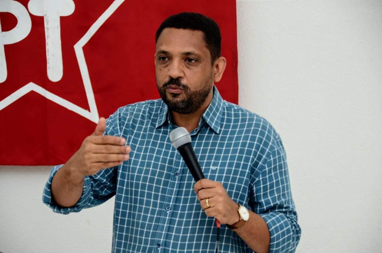PT apresenta pré-candidatura do professor Adelino à prefeitura de Piracicaba neste domingo.