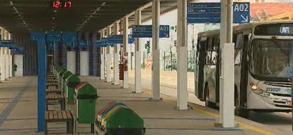 Crise no transporte coletivo em Piracicaba revela falta de planejamento e gestão.