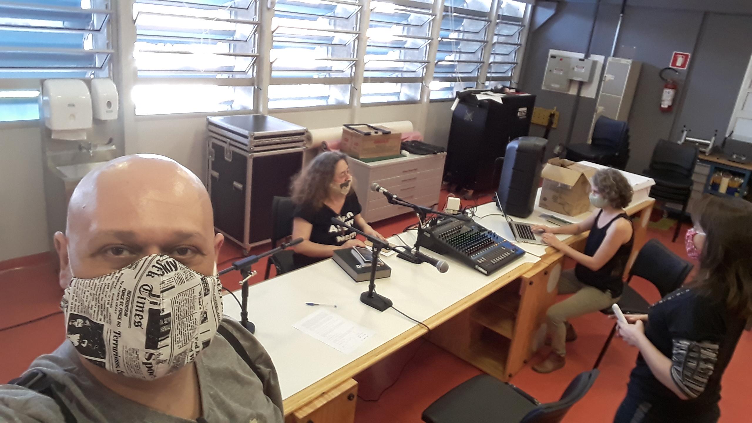 Para ouvir e curtir: podcast Letraria aborda romance angolano